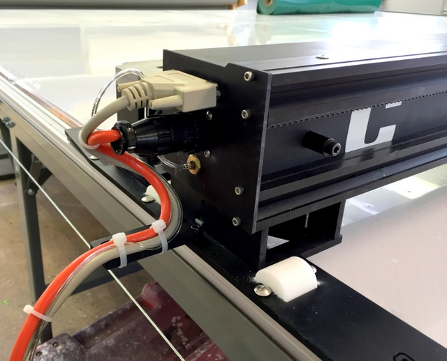 All of the WT's electronics are contained on a single cassette that slides in-and-out of the right side of the machine.  The means the system can be serviced without removing the machine from the track.