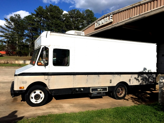 Daymon's mobile canvas shop has everything he needs to finish a job onsite. In the future, he can leave the truck at home and only bring his Digitizer and cell phone.