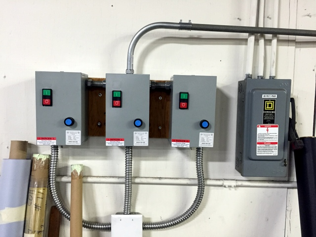 Using a local electrician is the best way to ensure your vacuum blowers are wired to code. It is a good idea to place the blower on/off switches or starters near the Operator's Workstation.